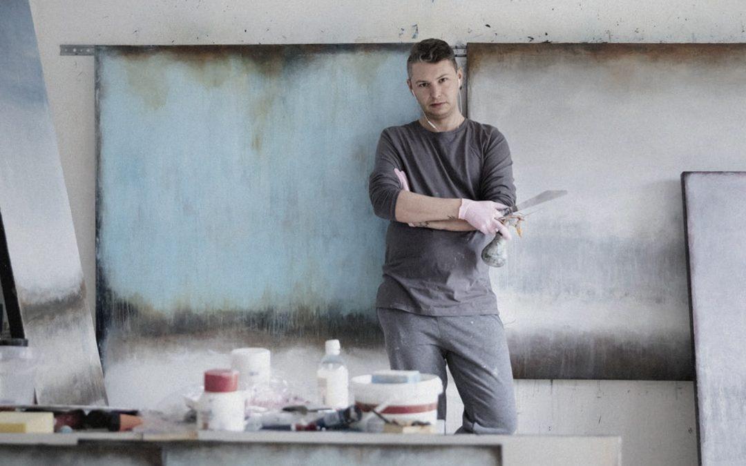 BLINKERED – [having or showing a narrow or limited outlook] – wystawa malarstwa Łukasza Olka