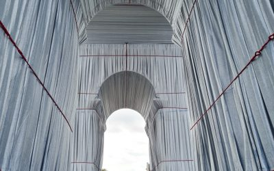 L'Arch de Tromphe Wrapped by Christo Javacheff