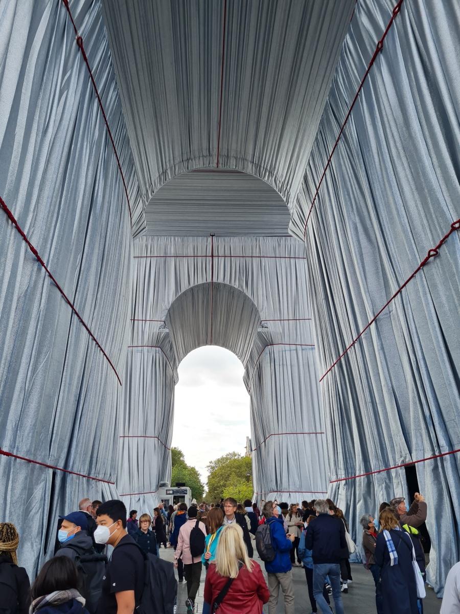 L'Arch de Tromphe Wrapped by Christo Javacheff - fot. J. Gałkowski
